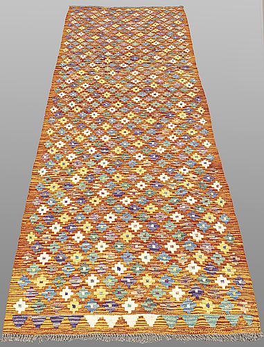 Gallerimatta, kelim, ca 296 x 93 cm.