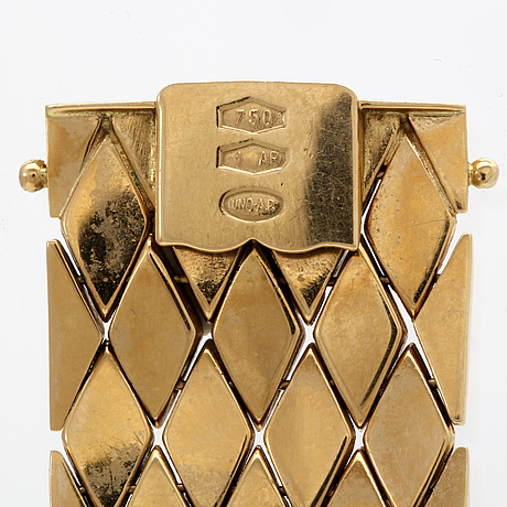 Bracelet 18k gold, enamel, 44,9 g, approx 20 x 2,5 cm, italian hallmarks.