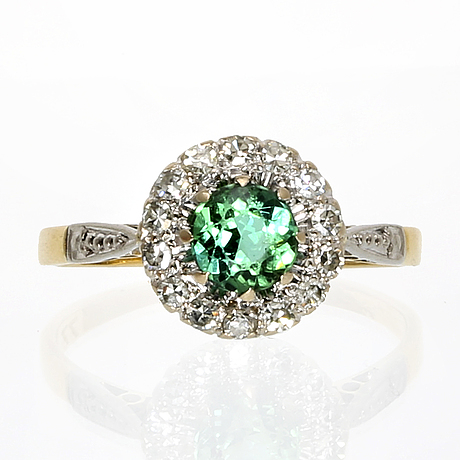 Ring 18k gold with 1 tourmaline and single-cut diamonds approx 0,25 ct.