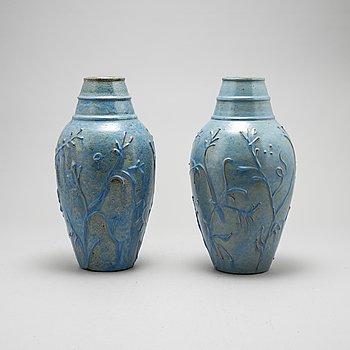 A pair of earthenware vases by Erik Mornils, Nittsjö, mid 20th Century.
