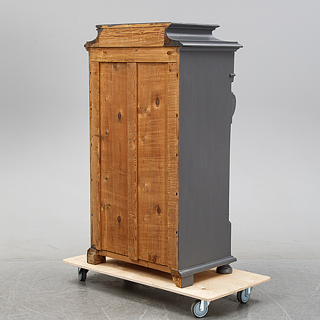 An end of the 19th century dresser.