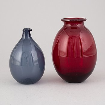 Timo Sarpaneva, two glass vases, one signed.