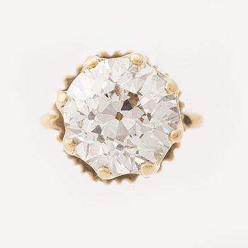 One old cut diamond earring.