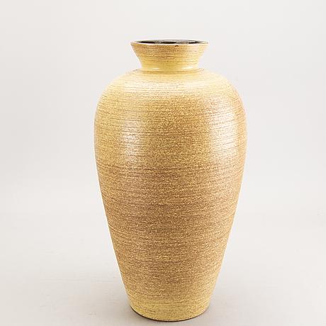 A swedish ekeby 1940/50s floor vase.