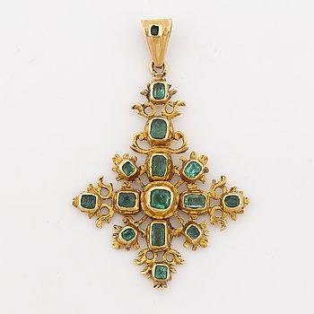 Emerald pendant, possibly Iberian.