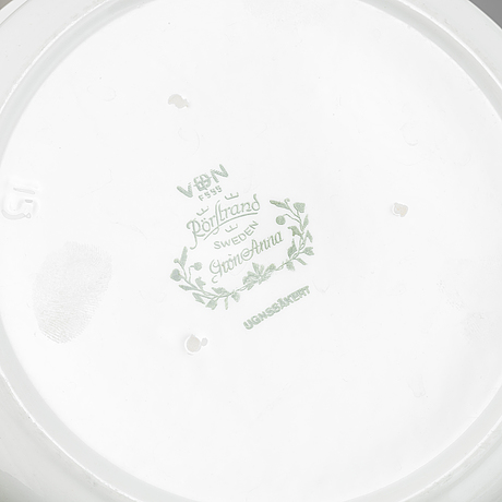 A 45 piece flintware 'grön anna',  dinner service, rörstrand.