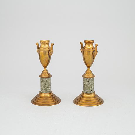 Casoletter, ett par, mässing, skultuna, omkring 1900.