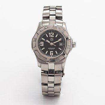 Tag Heuer, Professional, 200m, wristwatch, 29 mm.