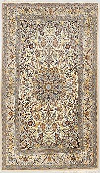 Rug, old, Esfahan, ca 180 x 109 cm.