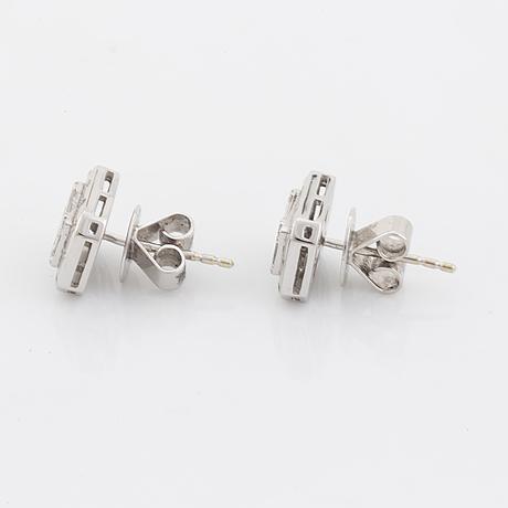 Baguette and brilliant cut diamond earrings.