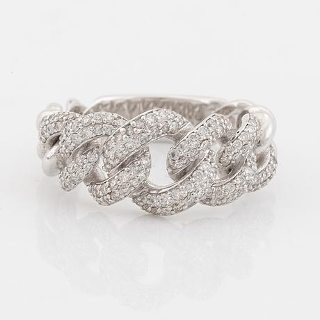 Brilliant cut diamond ring.