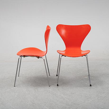 Arne jacobsen, six 'series 7' chairs, fritz hansen, denmark, 1973.