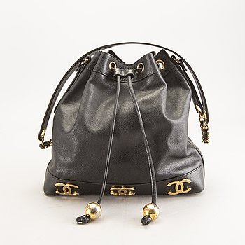 "Chanel, bag, Crossbody, ""Caviar Medium"", late 20th century."