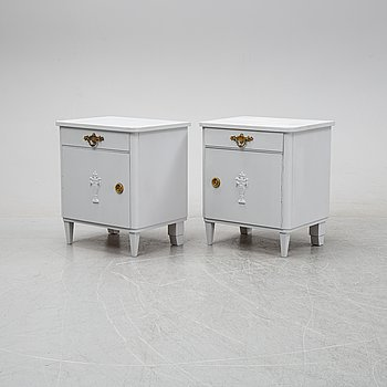 A pair of painted bedside tables, first half of the 20th Century.