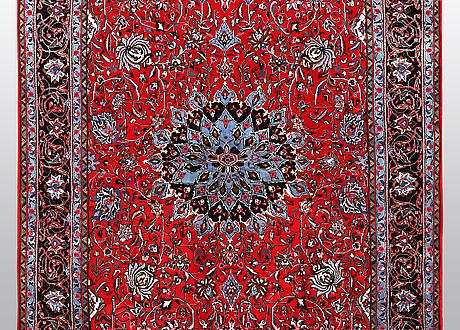 A carpet, sarouk, ca 325 x 212 cm.