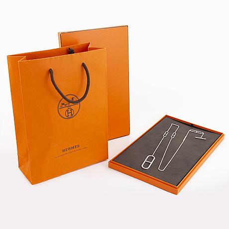 Hermès, a sterling silver necklace.