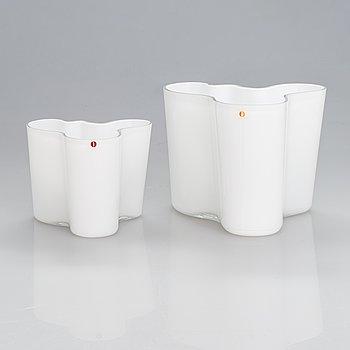Alvar Aalto, two glass vases, the smaller one Iittala 100th Anniversary vase marked Alvar Aalto Iittala 1881-1981.