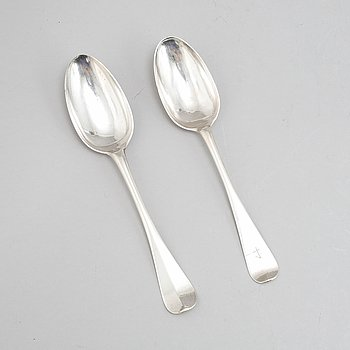 Two Swedish 18th century silver spoons, mark of Anders Ekelöf, Stockholm 1742 and Andreas Ohrman, Stockholm 1763.