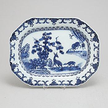 Stekfat, kompaniporslin, Kina, Qingdynastin, Qianlong (1736-1795).