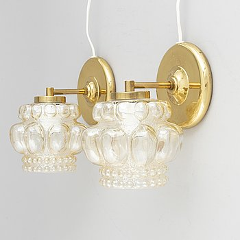 A pair of glass and brass wall-lights, second half of the 20th Century.