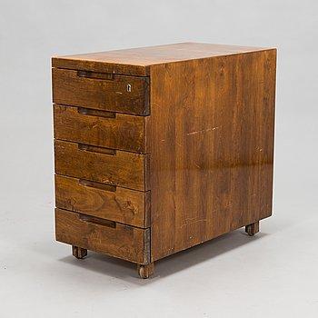 Alvar Aalto,  laatikosto, malli B96, 1940-luku.