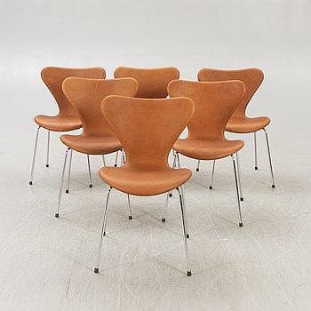 """Arne Jacobsen, stolar 6 st """"Sjuan"""" för Fritz Hansen Danmark 1900-talets senare del."""