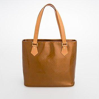 Louis Vuitton, A Monogram Vernis 'Houston' Bag.
