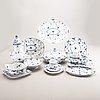 A danish 1950/60s porcelian 69 pcs dinner service musselmalet helblonde.