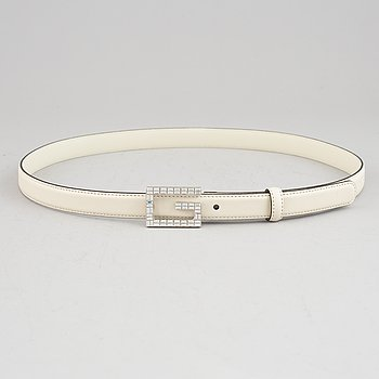 Gucci, a white leather belt, size 90 36.