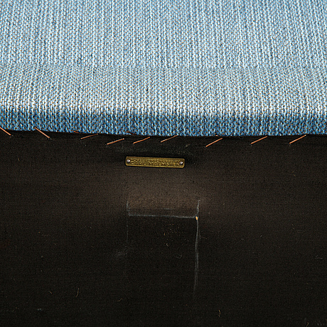 A 'samsas' sofa by carl malmsten, end of the 20th century.