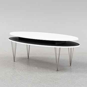 A coffee table, late 20th Century / 21st Century.
