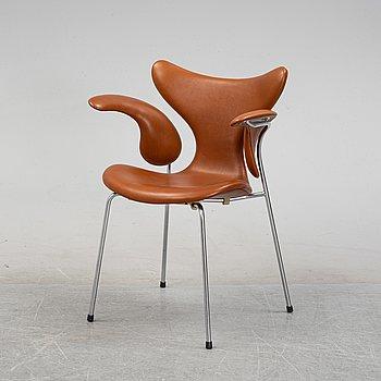 Arna Jacobsen, a 'Lily' leather chair, Fritz Hansen, Denmark.