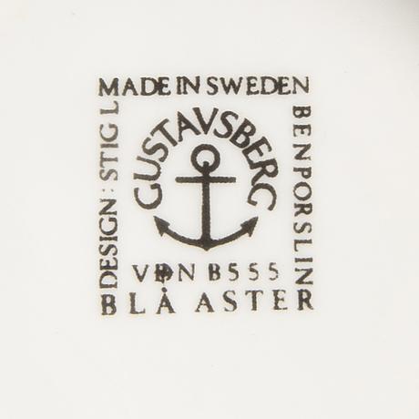 "Stig lindberg, ""blue aster"", 25 dlr, gustavsberg, 1970s."