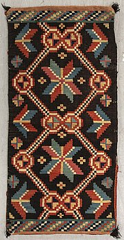 A Swedish åkdyna Skåne around 1900 flat weave ca 47x97 cm.