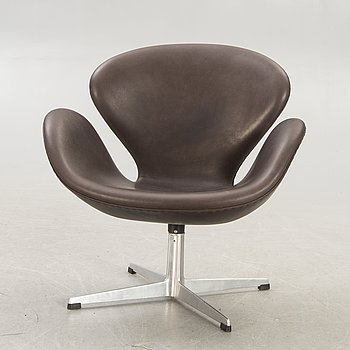 "Arne Jacobsen, armchair ""The Swan"" for Fritz Hansen in the late 20th century."
