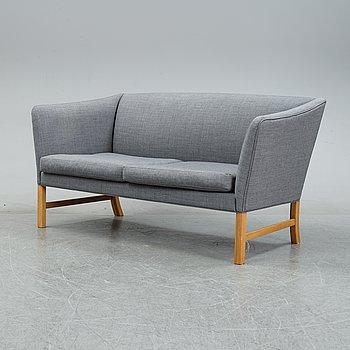 A sofa 'OW602' by Ole Wanscher for Carl Hansen & Son, Denmark.