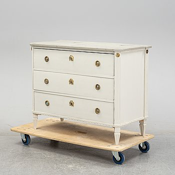 A painted Swedish late Gustavian-style chest of drawers, 19th century.