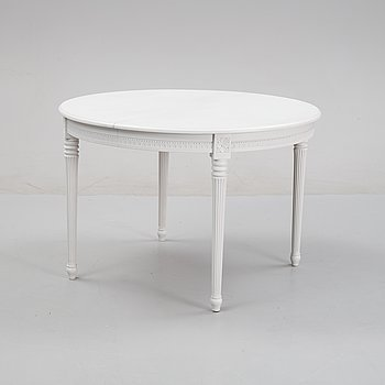 A painted Gustaian style dining table, mid 20th Century.