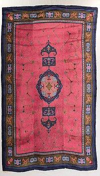 An Art Deco carpet esarly 1900s ca 455x330 cm.