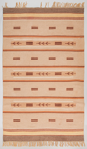 A 1930s finnish flat weave carpet. circa 306x188 cm.