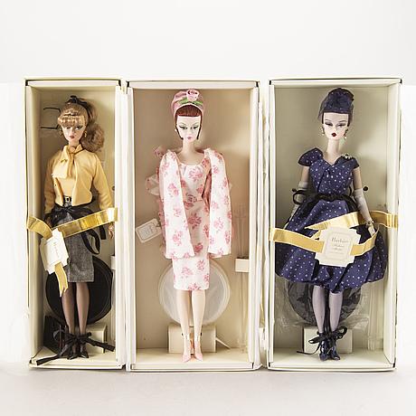 A set of three barbie dolls 2007.