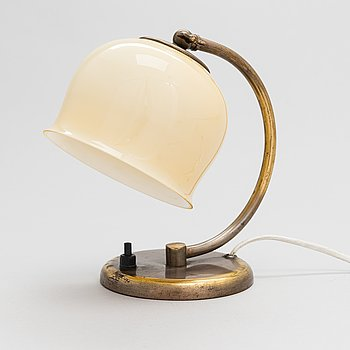 Paavo Tynell, a 1930's '5215' table lamp for Taito.