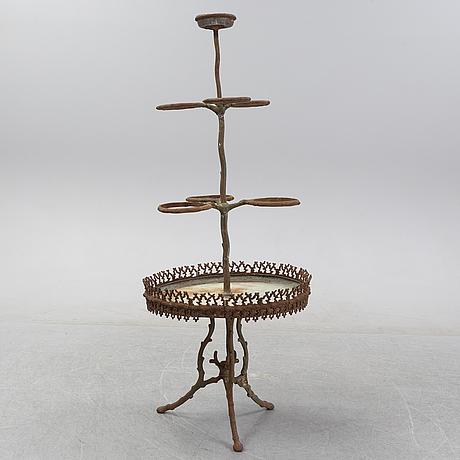 Blombord, gjutjärn, 1900-talets början.