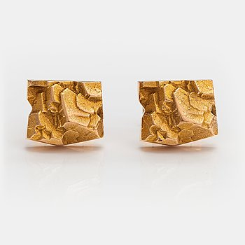 "Björn Weckström, ""Rocky Mountains"", a pair of 14K gold cufflinks. Lapponia 1969."