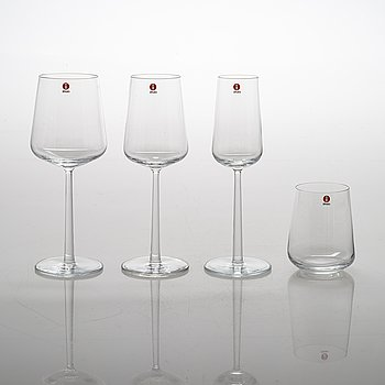 Alfredo Häberli, a 47-piece 'Essence' glassware for Iittala.