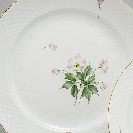A 57 piece dining service, 'äppelblom', bing & grøndahl.