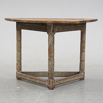 A swedish 19th century table.