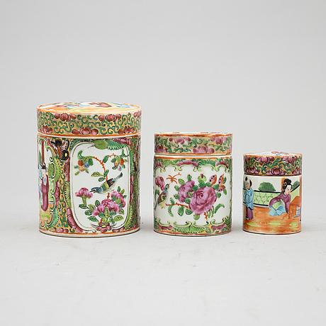 A group of chinese canton porcelain, 19th/20th century, six pieces.