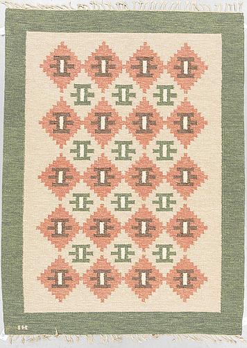 A carpet, flat weave, ca 227,5 x 163,5-168,5 cm, signed ih.