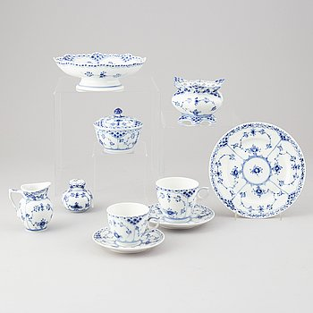 A 40-piece 'Musselmalet' porcelain coffee service, Royal Copenhagen, Denmark.